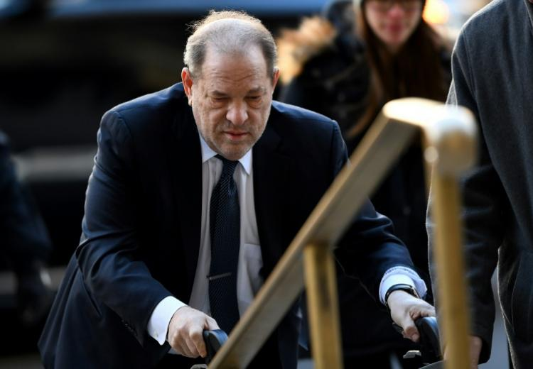 L'ex-producteur Harvey Weinstein arrive au tribunal de Manhattan, le 21 février 2020 à New York